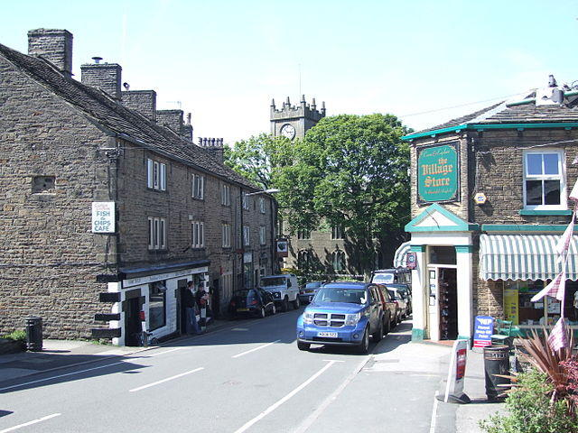 Hayfield village, end of the Sett Valley Trail. Image by Clem Rutter, 2009 (Creative Commons License: Attribution-Share Alike)
